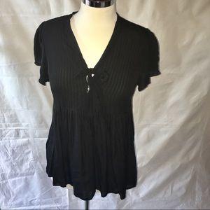 JOIE 100% Silk black pleated shortsleeve w/bow top